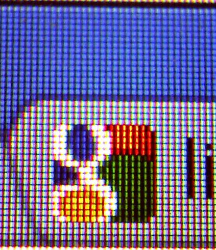 200x magnified section of screen with the google logo showing the individual pixels