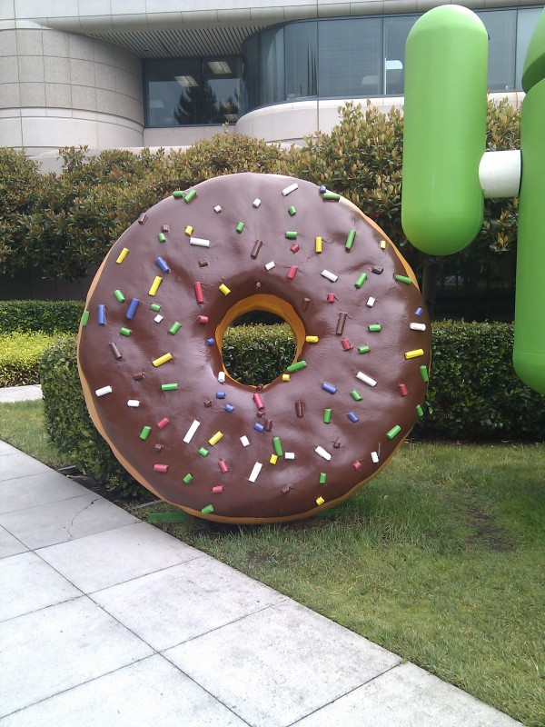 Doughnut android statue