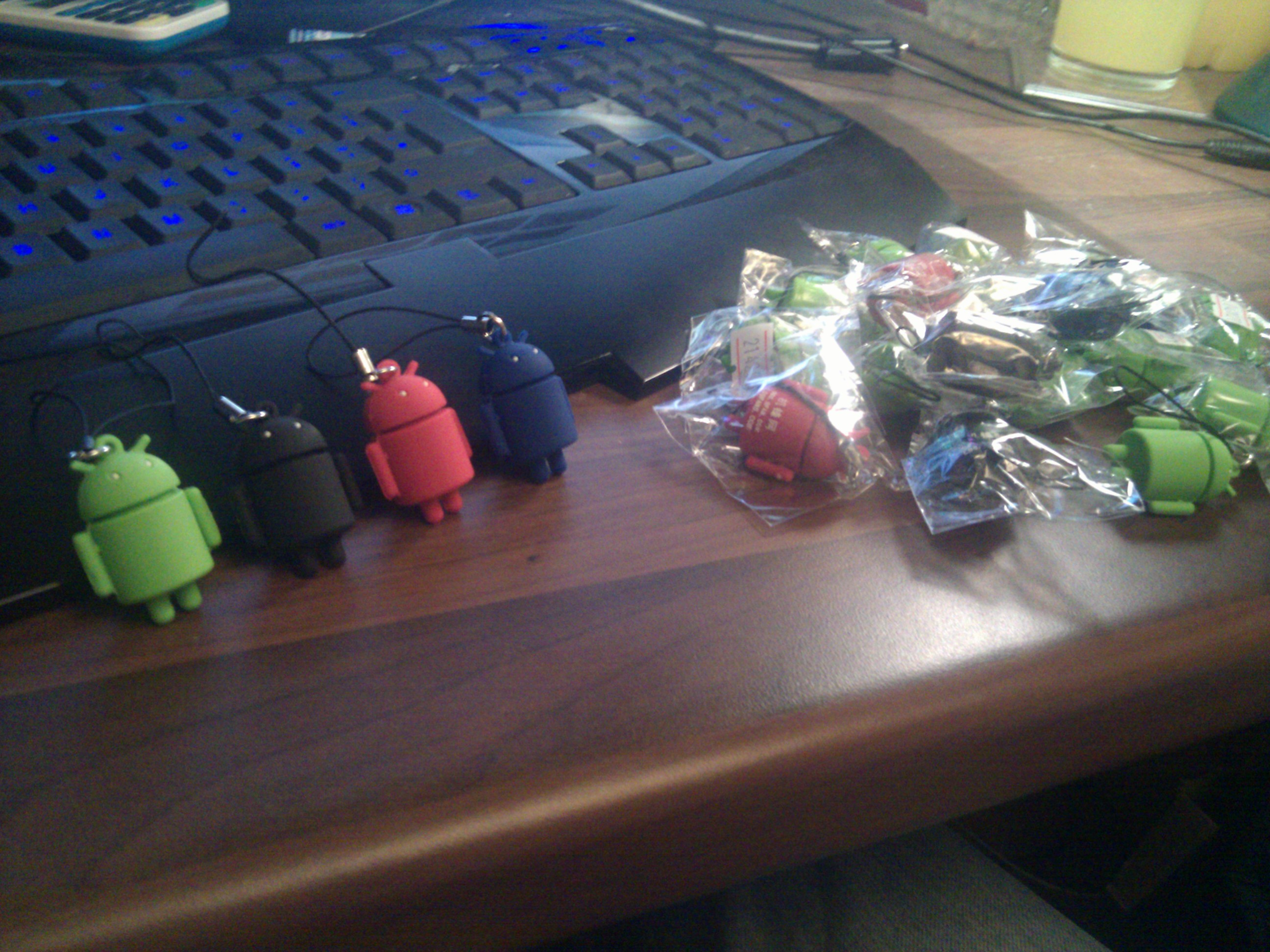lots of multi-color android keyrings