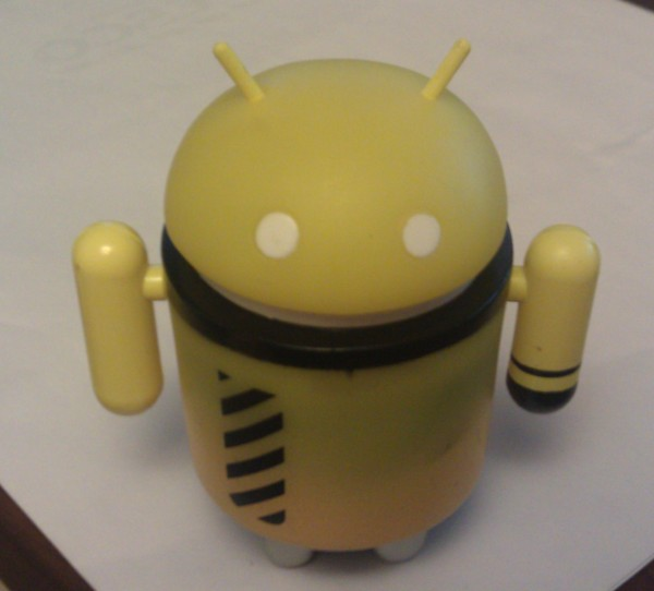 Hi-voltage dead zebra android figure
